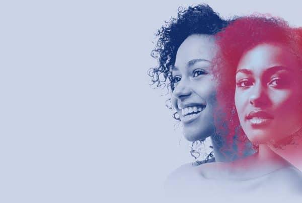 imagem de duas mulheres